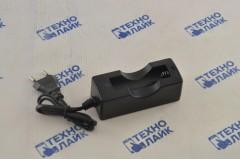 Зарядное устройство HR-189B для аккумуляторов типа 18650, 500mA